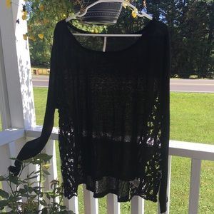 ❤️ Free people gorgeous oversize lace trim Top